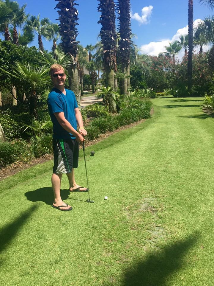 Mini Golfing Pro!