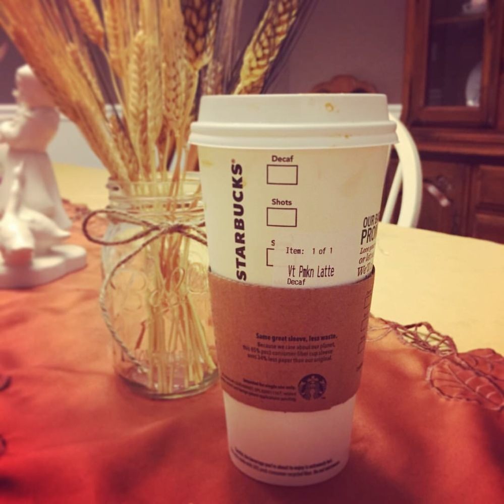First PSL of the year, and it came a couple days early thanks to my wonderful friend and Lexington sister Sarah! If it wasn't for her special voucher I would have had to wait a little longer to fulfill this fall pregnancy craving of mine lol